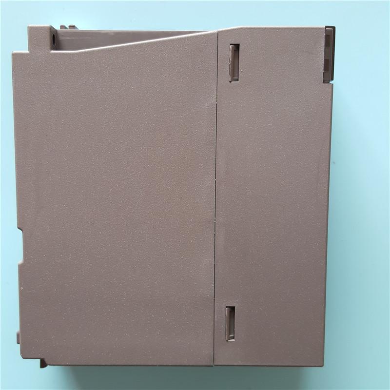 規格品の中古三菱QシリーズPLCQY41P純分きれいは衝新テストに包んで実物は撮影する