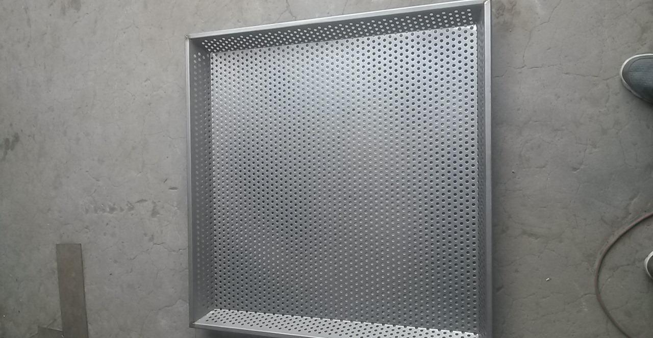 304 stainless steel punching filter net plate punching mesh circular hole net galvanized punching plate steel plate mesh grinder screen
