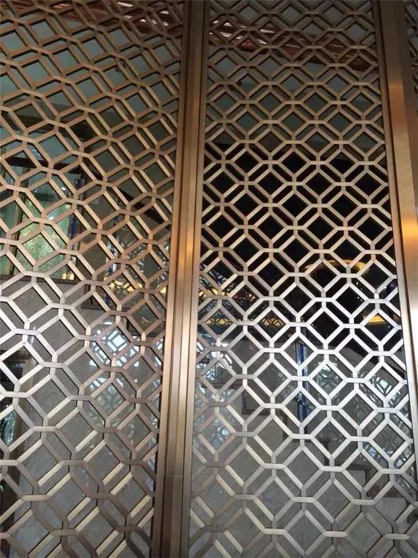 Stainless steel screen hollow carved tracery screen partition custom hotel room stainless steel folding screen