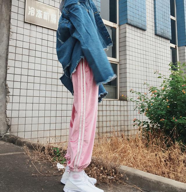 软妹嫩粉色原宿裤子嘻哈街舞bf风宽松金丝绒运动裤潮女束脚灯笼裤