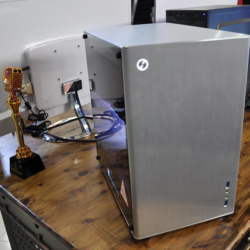 조는 思伯 (JONSBO) VR2 외 알루미늄 안에 강철 더블 유리 사이드 완전히 강철 구조 MicroATX 케이스