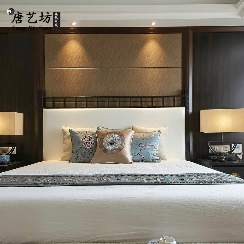 New Chinese style solid wood bed master bedroom fabric, soft bed, 1.8 meters, 2 meters, double marriage bed, classical hotel, model furniture
