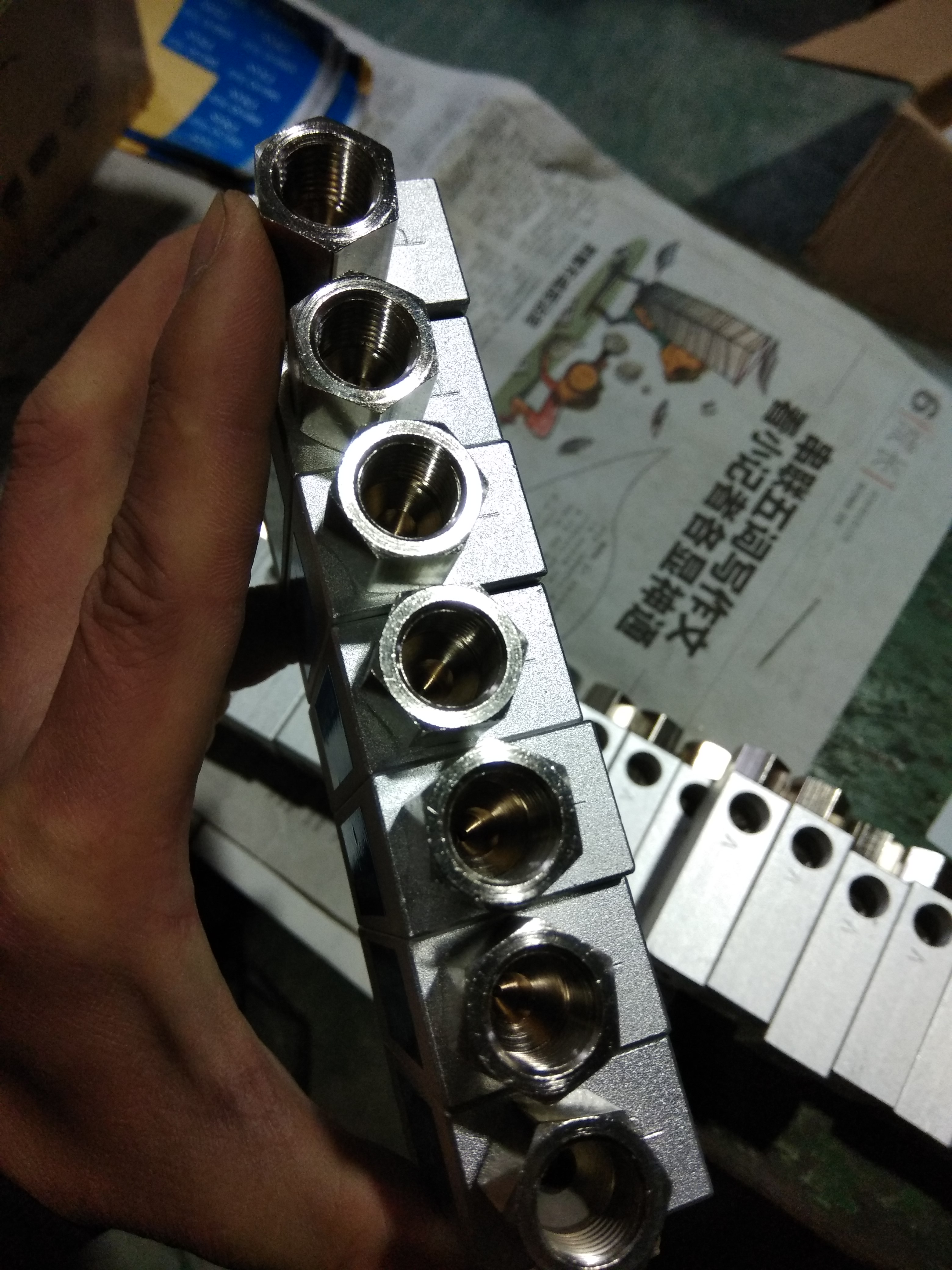 Vacuum generator with switch CV-15HS/20HS/25HS/30HS/10HSCK/15HSCK/20HSCK
