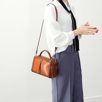手提包小包包女2017新款韩版时尚女包大气百搭小方包单肩包斜挎包