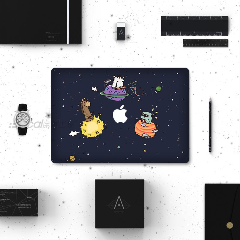 IDecal color manzana macbookproair cuerpo creativo taller etiqueta colocada una película