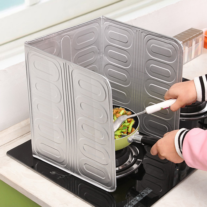 Stove oil baffle board, domestic cooking, kitchen smoke shielding good, blocking wind foil cooking, grease insulation