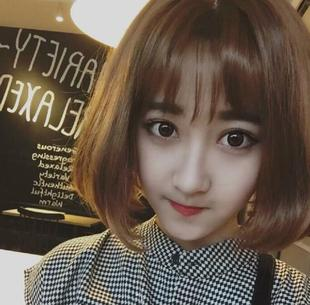 In the long wave head buckle short fluffy pear head in the air Liu Haibo Bobo female hair wig
