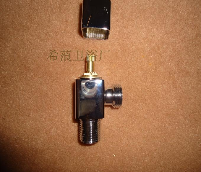 OEM export shipping copper D.S.T. square triangle valve thickening bathroom toilet water valve forging brass