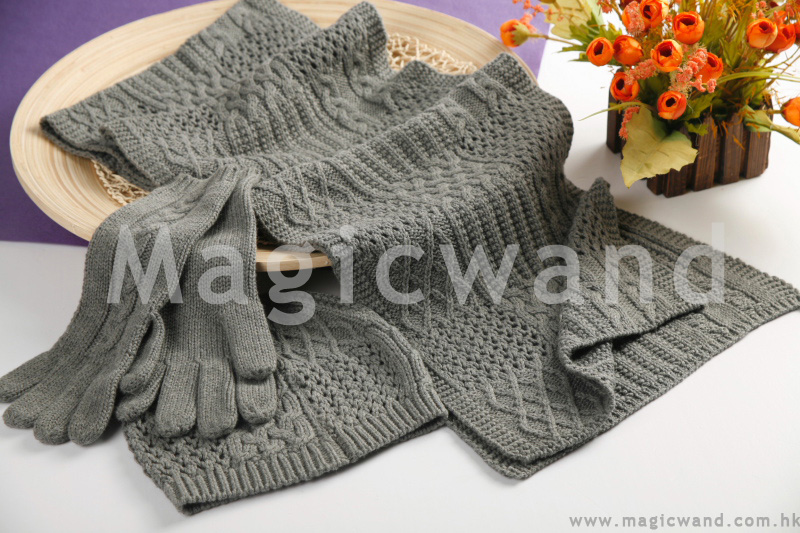 Clearance cut twisted wool scarf gloves hat for men and women spent three piece original 484 factory outlet