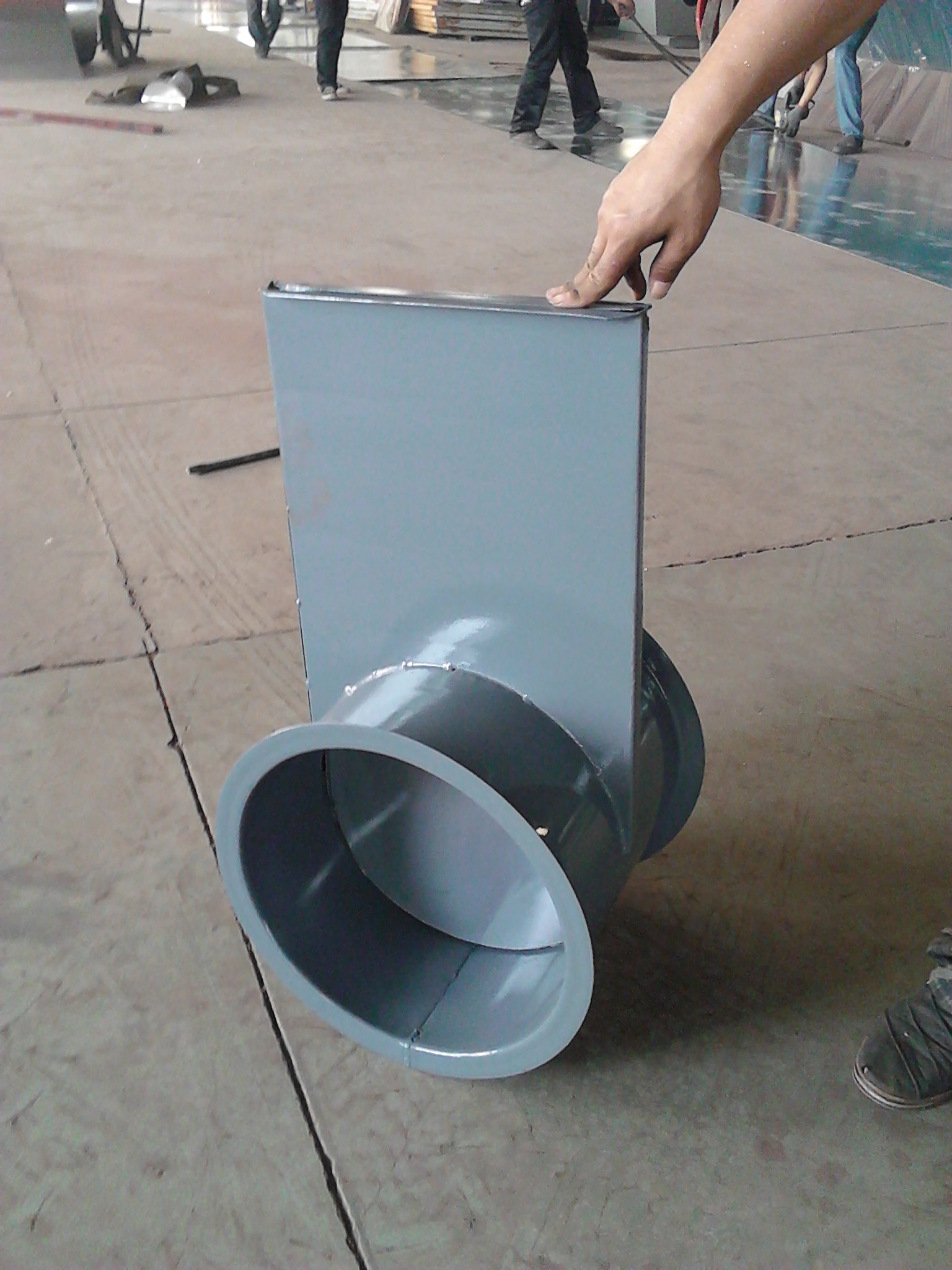 Quality control of stainless steel ultra high vacuum flashboard valve