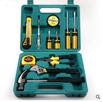 12 pieces of gift package, auto tool kit, auto tool kit and auto insurance