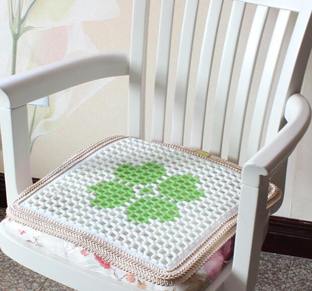 Το καλοκαίρι μαξιλάρι γυάλινα σφαιρίδια καρέκλα εδώ στον καναπέ του αυτοκινήτου του ψυκτικού ωραίο μαξιλάρι στον υπολογιστή του Γραφείου καρέκλα κεραμικά αντιολισθητική κάτω.