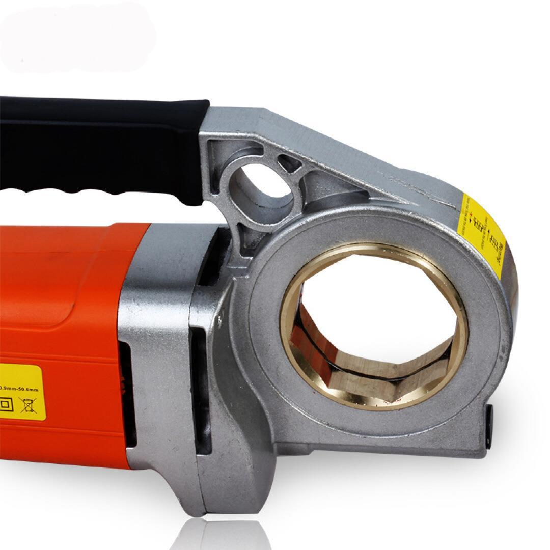 An Jieshun holds light electric wire sleeve machine, steel pipe hinge thread, galvanized pipe sleeve 50#6 points
