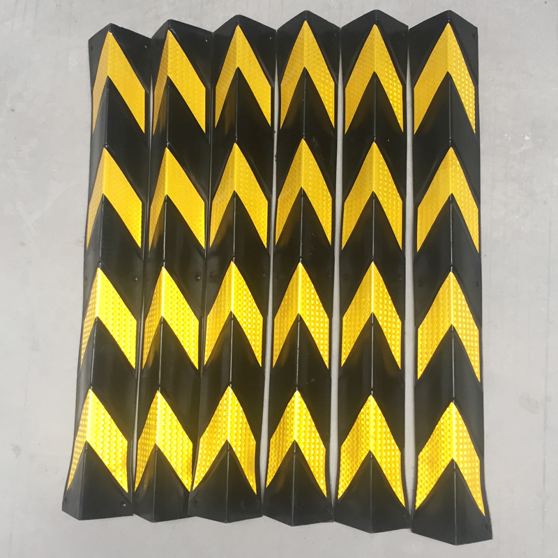 Reflective bead strip rubber corner corner protector standard traffic car field Zheng basement garage contour standard