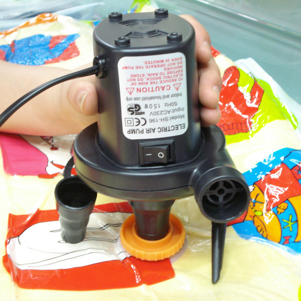12v средство 220v домакински играчки да зарежда леглото за надуваем басейн електрически плува в кръг, нагнетателна помпа