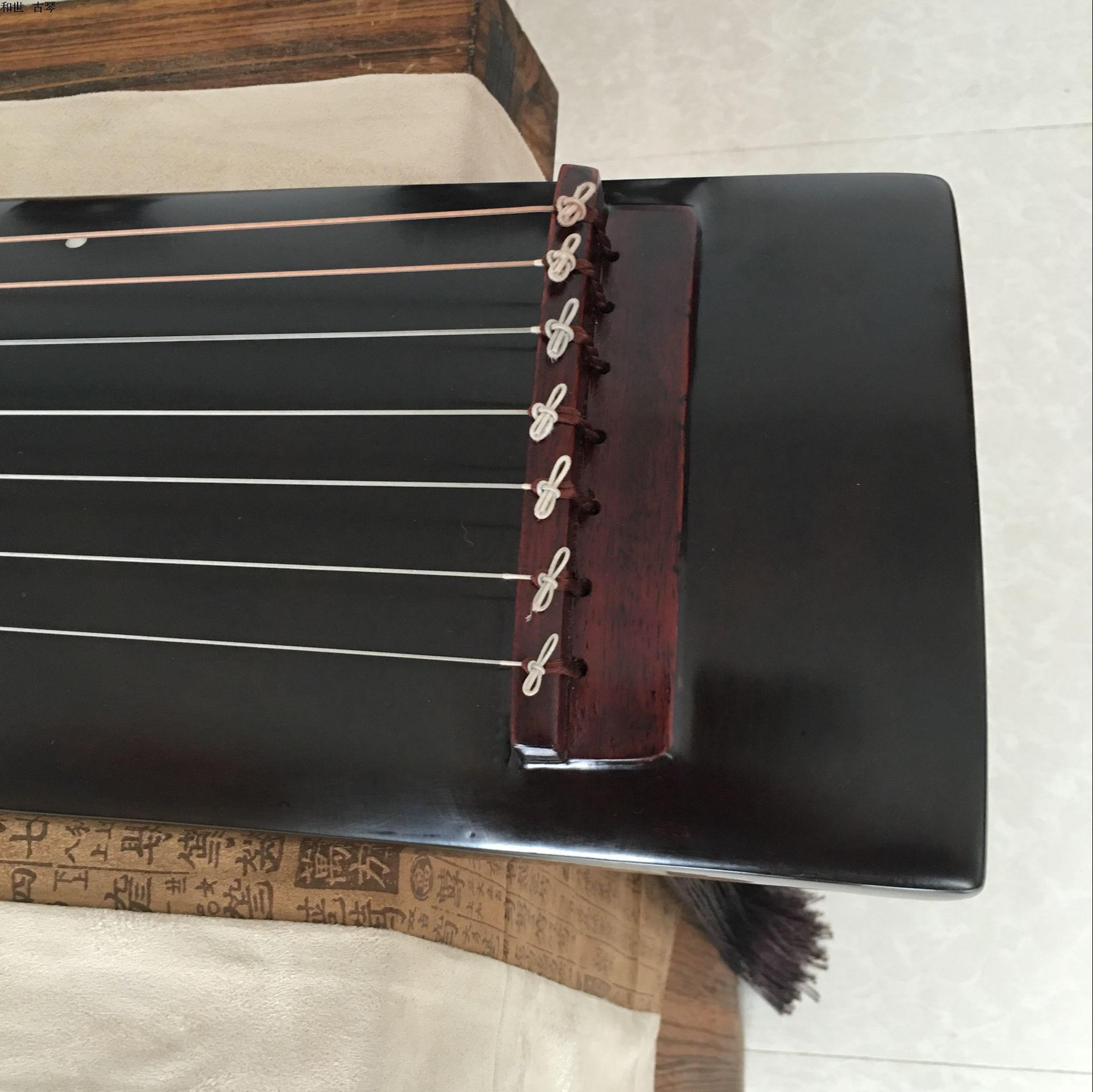 And combined the old Paulownia Shizheng Guqin Guqin beginners to send a full set of accessories package mail