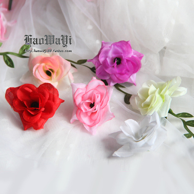 taobao agent Pastoral simulation small tea rose small flower head, flower diameter: about 5cm(1.6 yuan for two flowers)