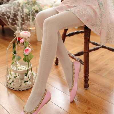 taobao agent Japanese retro pattern white stockings spring and autumn princess lace socks feminine feel thin and thin bottoming pantyhose