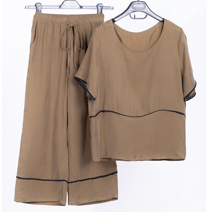 Đồng nặng ammonia bộ nữ mùa hè 2018 mới mẹ lụa ngắn tay áo sơ mi nữ chín điểm quần chân rộng hai mảnh