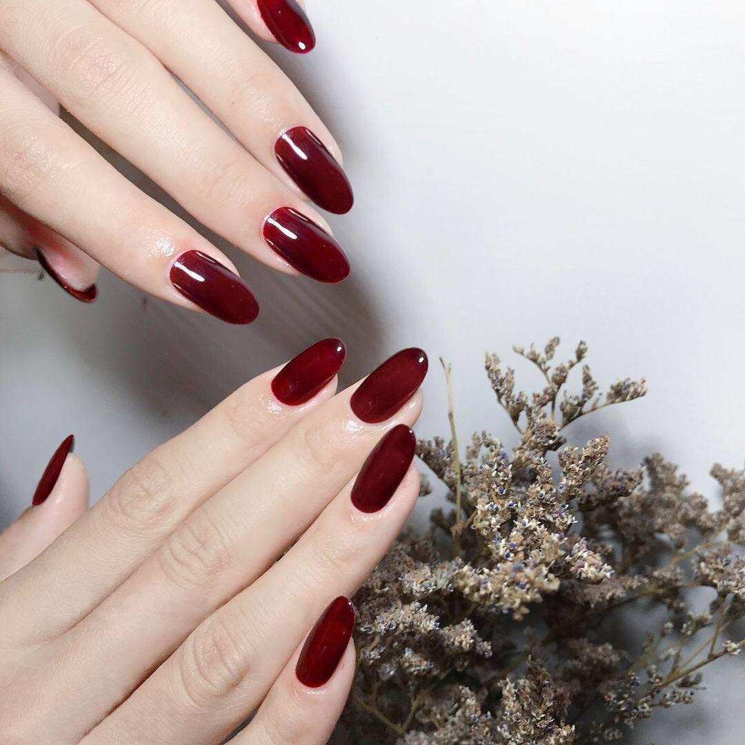 指甲贴片纯色中长酒红美甲成品ins网红欧美显白可摘戴可反复拆卸