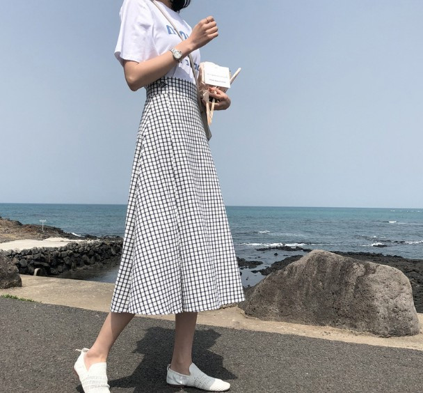 Chic kẻ sọc đuôi cá váy váy nữ 2018 đầu mùa thu mới lỏng mỏng giữa chiều dài eo cao Một từ váy