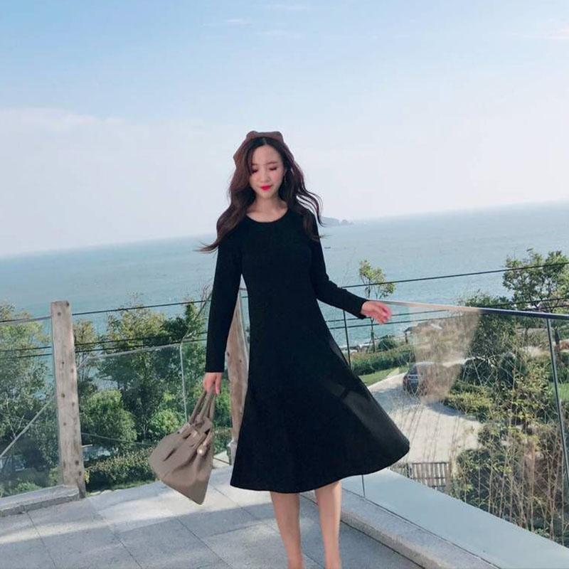 象牙夫人秋冬新中长款长袖纯棉修身打底连衣裙收腰显瘦赫本小黑裙