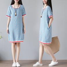 5308实拍圆领短袖文艺复古休闲宽松甜美格子连衣裙