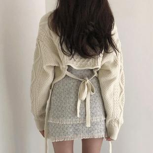 Свитер 2020 метров женщина  V воротник сексуальный назад роса талия бандаж короткий пальто тонкий куртка длинный рукав свитер