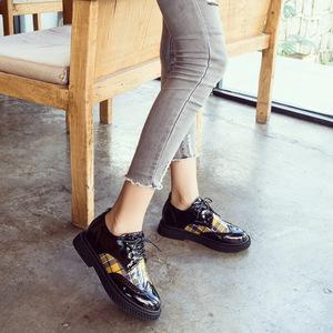 新款粗跟2018英倫格子布洛克女鞋防水臺系帶單鞋女低跟防滑女鞋子