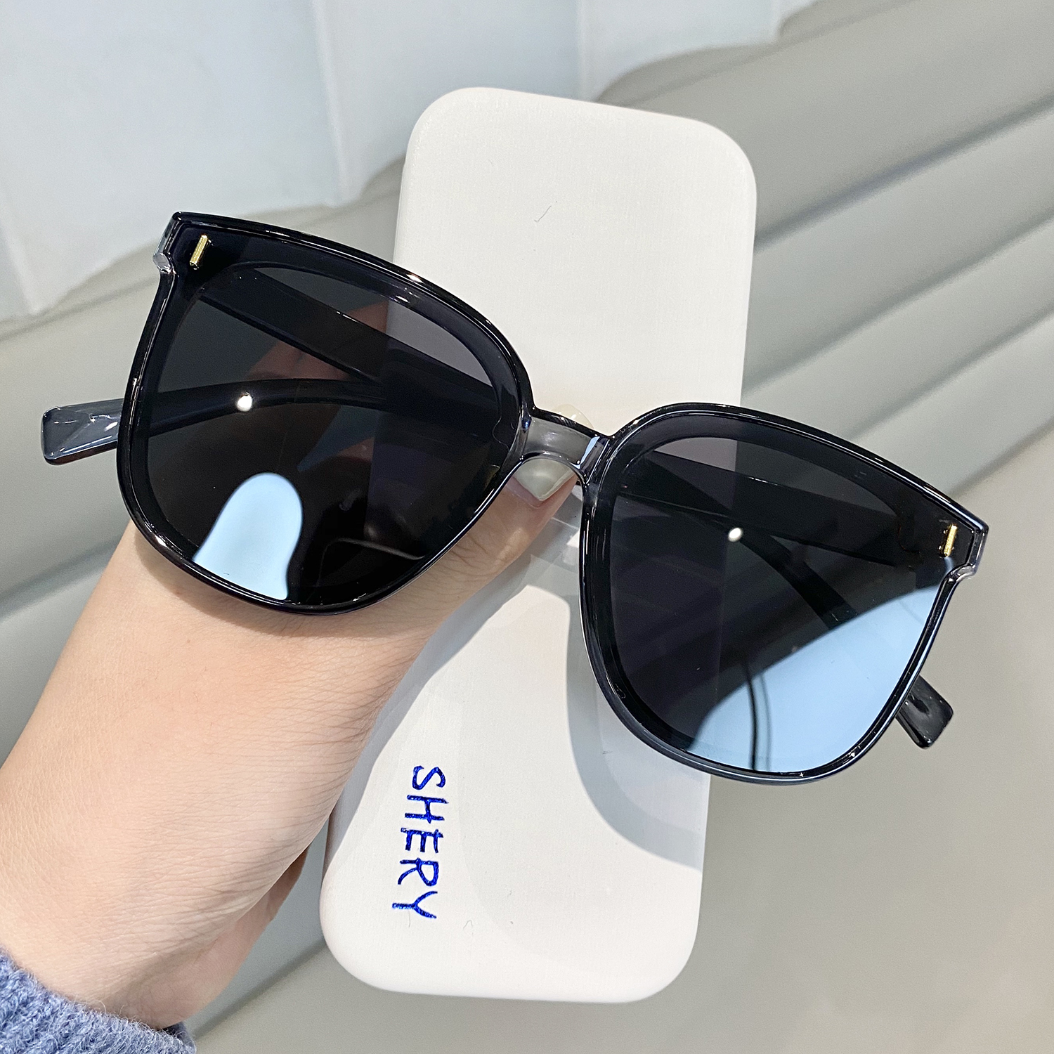 Giá bán 2021 new square simple big frame sunglasses female Korean version of the trendy net red street shooting round face UV protection sunglasses male