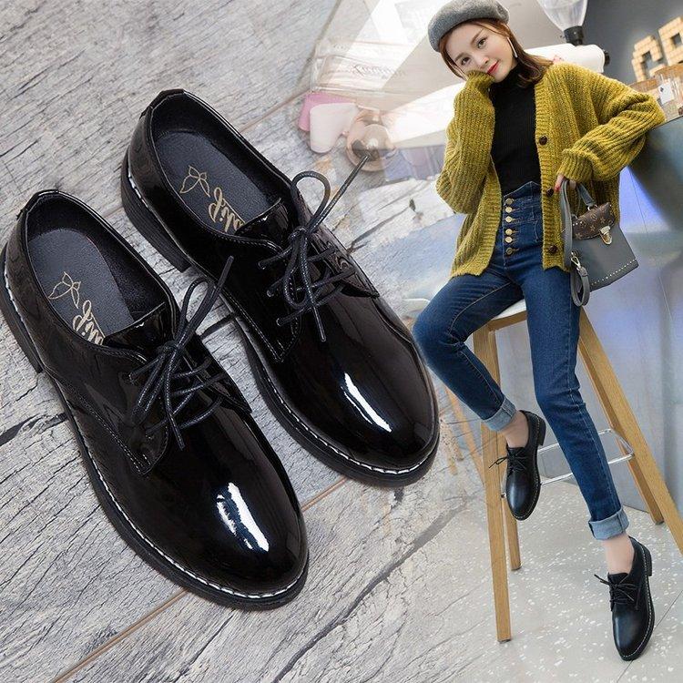 3 2019新款英伦风布洛克女鞋复古单鞋学生系带黑色小皮鞋女