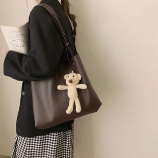Случайный большой потенциал мешки Женское лето 2021 новый прилив мода Тот пакет дикий студент верх учебный класс плечо сумка