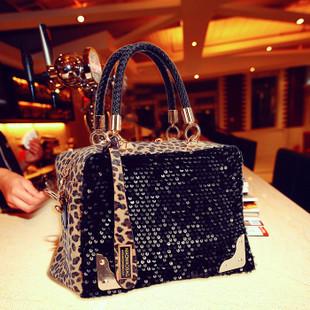2013新款包包豹纹配亮片时尚百搭女包链条配手提包斜跨包特价包