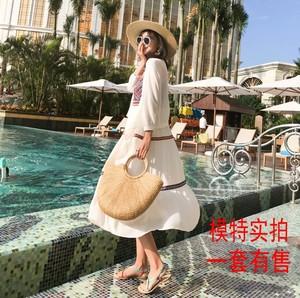 实拍连衣裙女2018新款韩版时尚沙滩裙吊带露肩碎花长裙显瘦潮套装