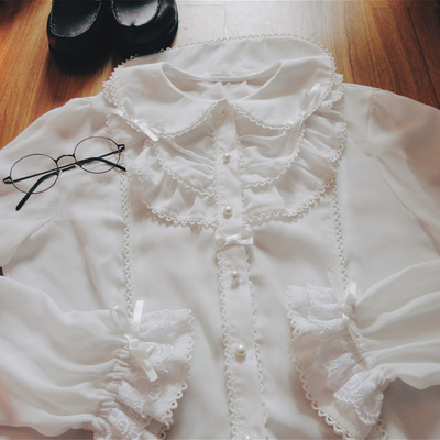 taobao agent Funny original autumn and winter exquisite can be used as a base white shirt lapel wild college style lolita soft chiffon