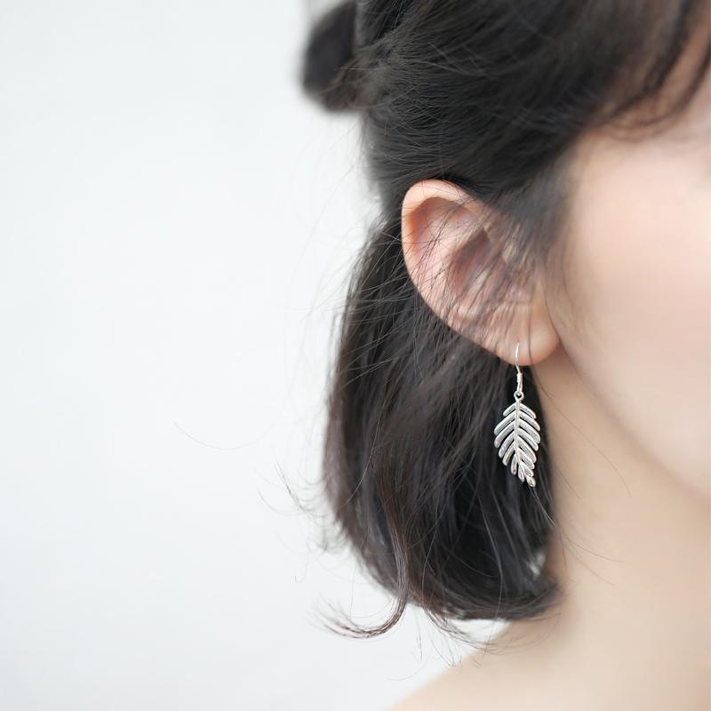 显脸小夸张韩国清新叶子树叶灵动气质S925纯银耳环耳钩配饰礼物女