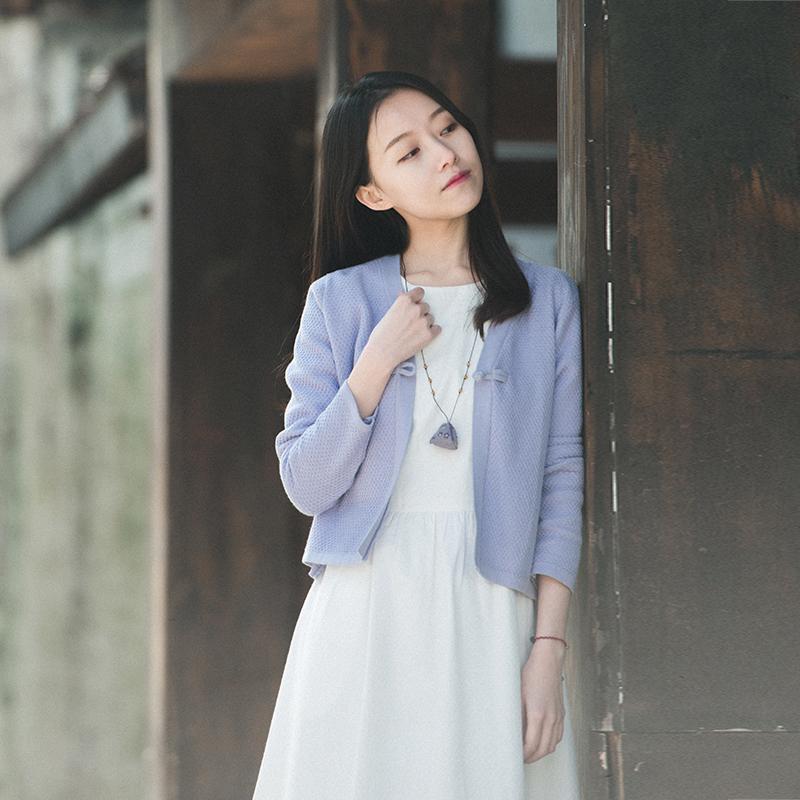 17QDM-052 【青 轩】 2018 mùa xuân ấm Wenyi V-cổ một từ khóa xoắn đan áo nịt