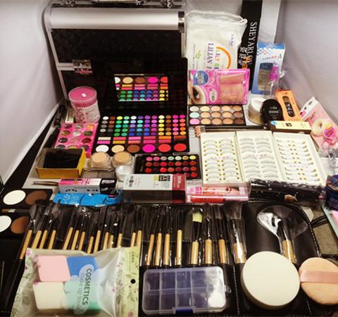 Đích thực chuyên nghiệp trang điểm nghệ sĩ trang điểm set bridal mỹ phẩm toàn bộ các hộp công cụ cos studio sân khấu