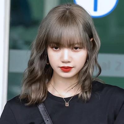 taobao agent Water Dance Wig Aoki Linen Gray Medium-Long Hair Girls Cone Head Lisa Same Style Clavicle Hair Korean Net Red Wig
