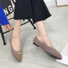 2017毛毛绒面平底单鞋金属扣浅口保暖女鞋A18-1
