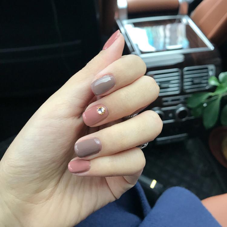 软妹指甲贴少女假指甲成品防水持久美甲贴韩国短款带钻可爱手甲片
