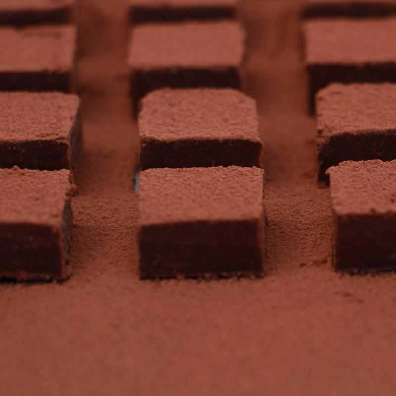 母亲节情人节吃不起的网红生日巧克力红包邮松露生巧送男女友礼物