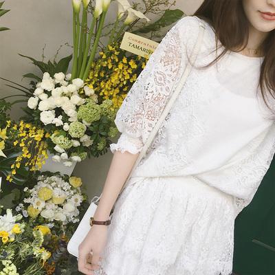 张大奕夏季套装女时尚两件套新款蕾丝镂空圆领上衣短裙潮