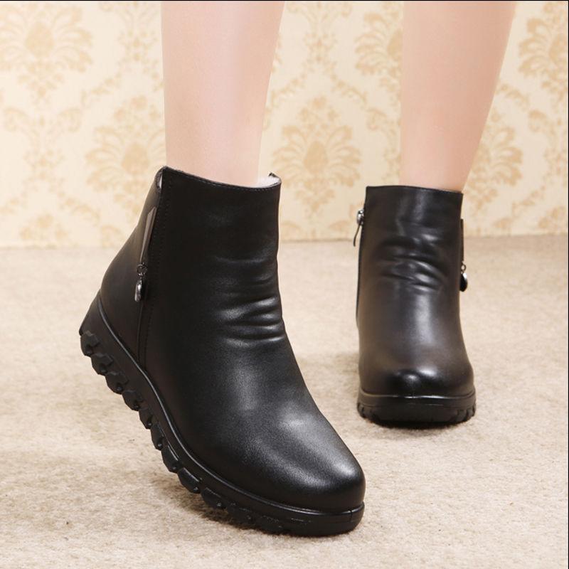 中老年妈妈鞋子女鞋冬季新款靴子女冬加绒女士棉鞋女雪地靴女短靴