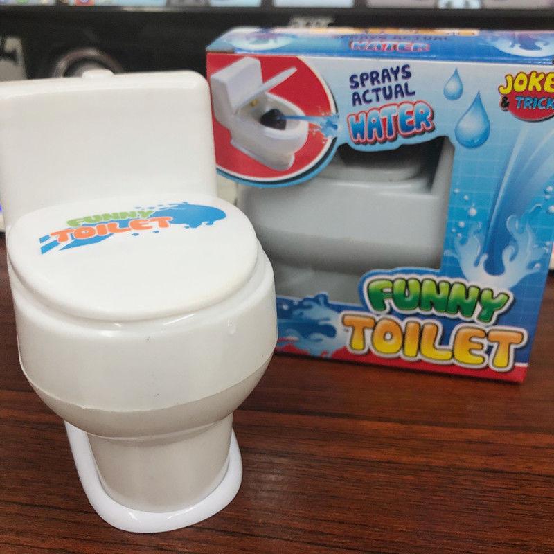 滋水马桶搞怪创意搞笑玩具喷水马桶