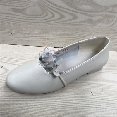 断码鞋特价真皮女鞋年春新款牛皮浅口圆头舒适平跟休闲女单鞋