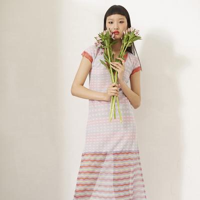 独立设计师品牌LOU DE NANNAN虹色水彩透明纱线提花修身连衣裙