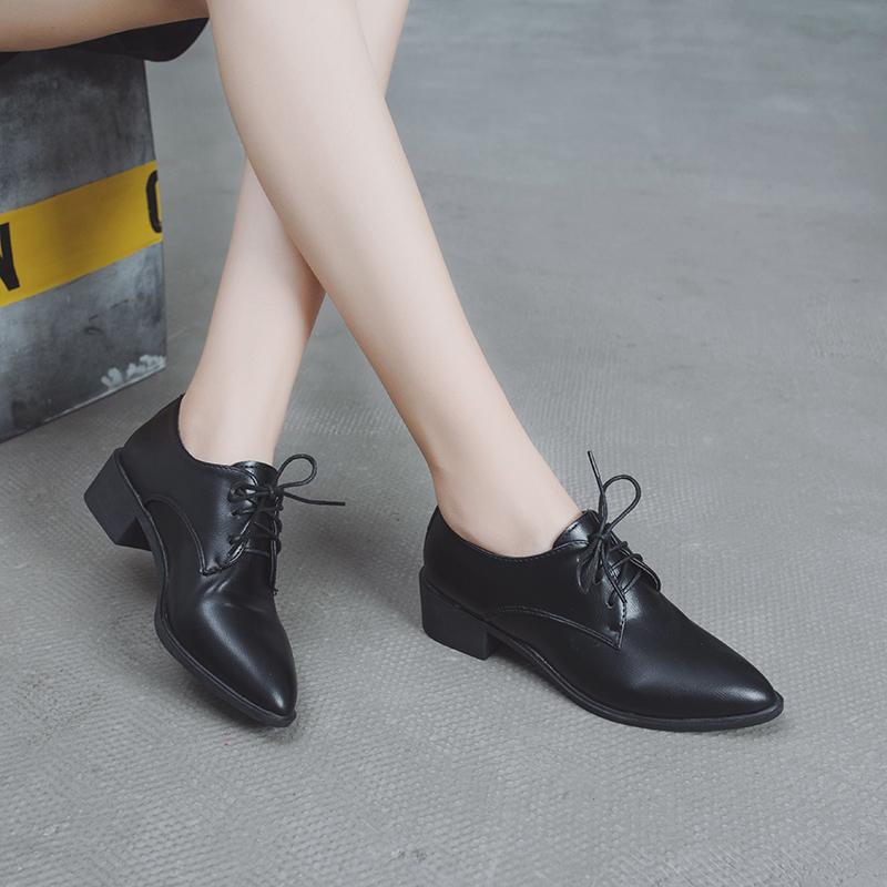 56网红单鞋黑色鞋子女秋冬新款百搭中跟粗跟学院风英伦小皮鞋