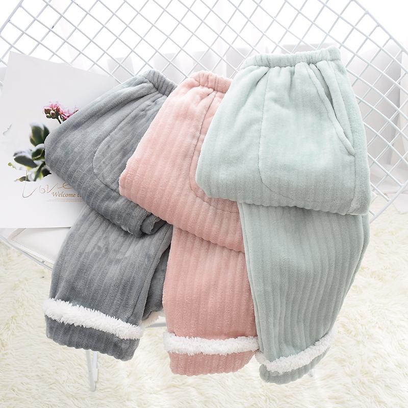 Đồ ngủ nữ mùa thu và cổ tích ấm áp quần ấm flannel nhung nhà nhung cộng với nhung dày ấm áp lỏng lẻo và có thể mặc bên ngoài - Quần tây