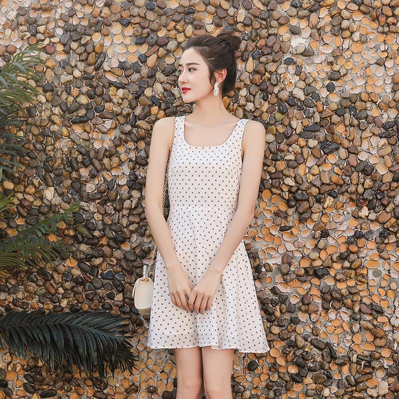 泰国三亚旅游波点吊带连衣裙夏小清新沙滩裙海边度假新款裙子